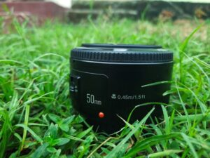 10 reasons why you should buy a 50mm lens.